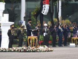 Presiden Jokowi Apresiasi Peran Besar TNI dalam Keberhasilan Penanganan Pandemi