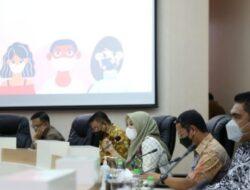Lurah dan Camat Diminta Fokus, Wawali Makassar: Perhatikan Penanganan Covid-19