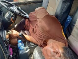 Sopir di Luwuk Ditemukan Meninggal Dalam Mobil Angkotnya Sendiri