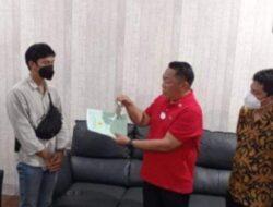 Pengusaha Roni Tanusaputra Hadiahi Rumah Pada Atlet Sulteng Peraih Medali Emas PON XX